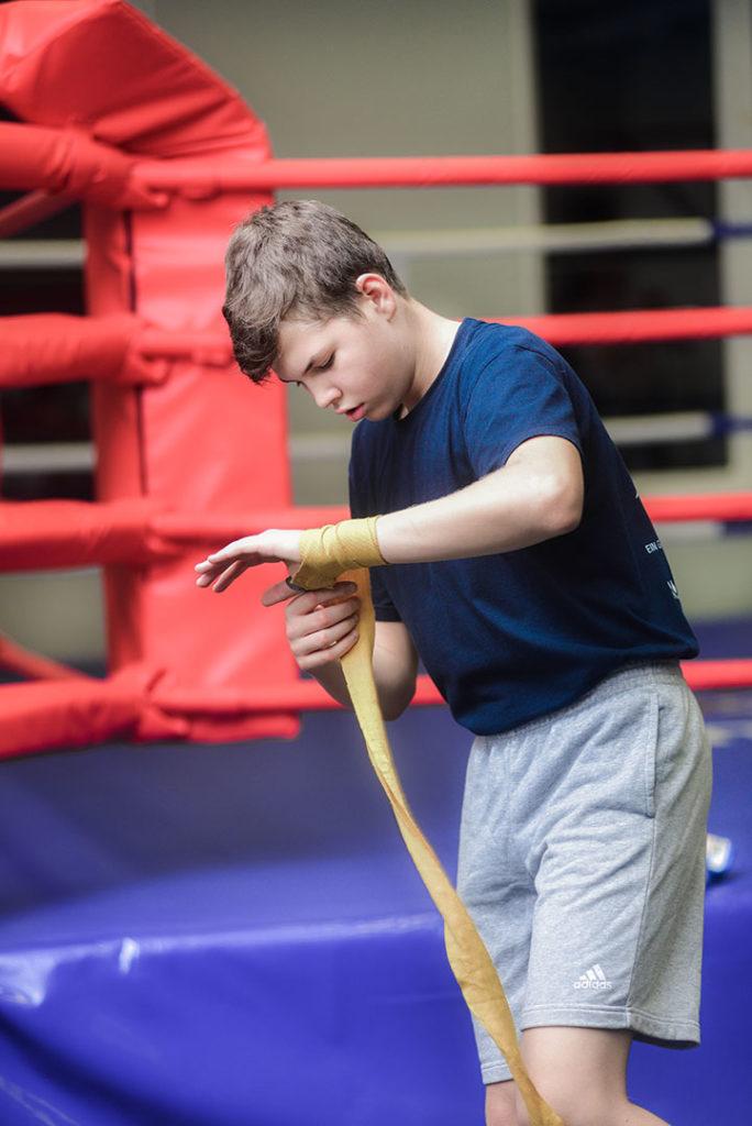 ребенок на спорте